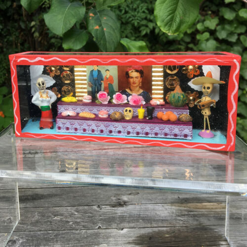 Mexican Day of the Dead Frida Kahlo Diorama Shadow Box Folk Art