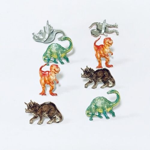 DINOSAUR BRADS *  EYELET OUTLET *  8 PCS  3 COLORS & 3 SHAPES