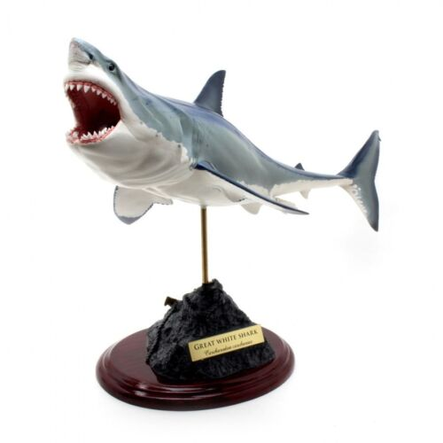 Great White Shark Fish Carving Handmade Resin casting Statue Look so Real !
