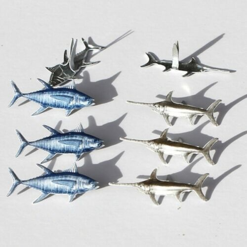 FISH BRADS ** 8 PCS ** BLUE & WHITE **