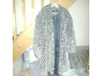 size 18 Leopard print Faux fur coat LEIGH-ON-SEA