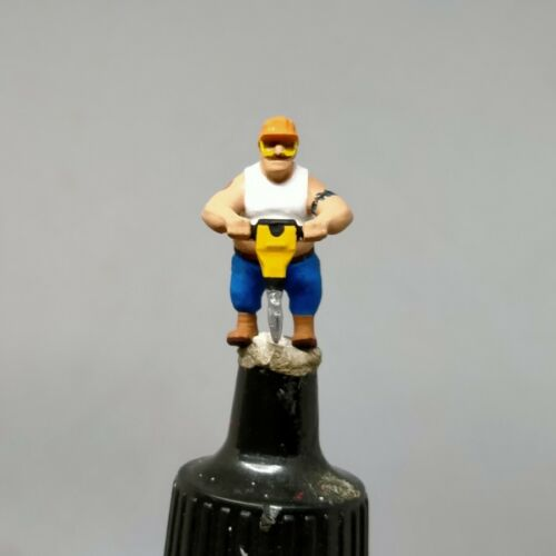 BIG WORKER TATTOO DRILLING HO 1:87 MINIATURE FIGURE NO PREISER
