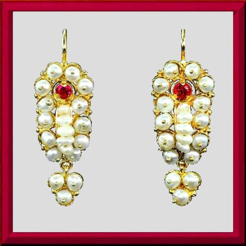 Lovely yellow gold pearl Frida gusano earrings, red crystals, dangles M-F