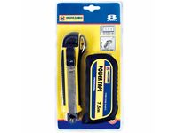 Marksman 8 Blades Cutter And 7.5M Tape Measure RRP £7.99