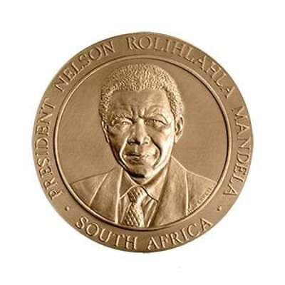"USA MEDAL BU ""PRESIDENT NELSON ROLIHLAHLA MANDELA SOUTH AFRICA"" DEDICATED HIS LI, used for sale  Shipping to South Africa"