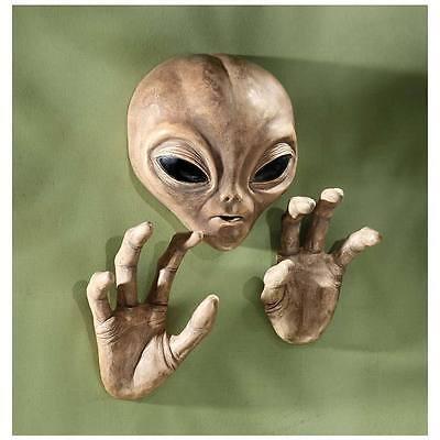 Area 51 Alien Wall Sculpture Roswell UFO Crash ET Halloween Science Fiction
