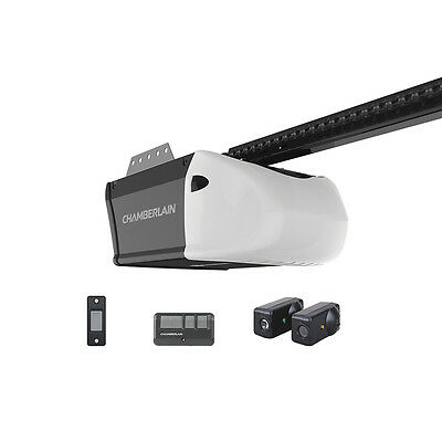 NEW - Chamberlain 0.5-HP Chain Drive Garage Door Opener, LW2200