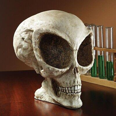 New OUTDOOR X TERRESTRIAL SPACE ALIEN SKULL SCULPTURE Halloween Skeleton Roswell