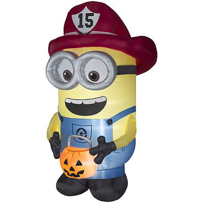 HALLOWEEN DESPICABLE ME FIREFIGHTER MINION HAUNTED HOUSE INFLATABLE AIRBLOWN 8.5