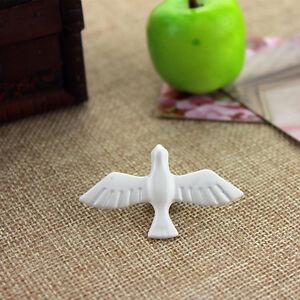 5cm x 3cm white enamel dove pigeon bird buckle brooch / pin