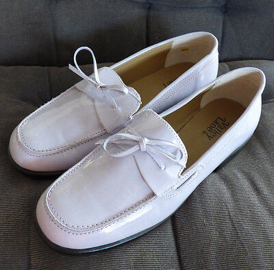 Valley Lane Slip On Loafers Moccasins Oxford 8 1 2M 8 5 Lilac Light Purple Shine