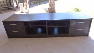 TV cabinet (could also be used for other things)