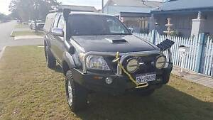 2006 Toyota Hilux SR5 Xtra Cab Ute - Manual Diesel Bassendean Bassendean Area Preview