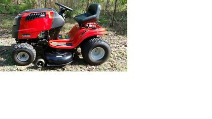 Ride On Mower - Rover Rancher 547/42 Hand Hydro