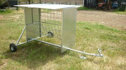 Square bale feeder (covered & wheeled)