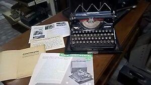 CONTINENTAL KLEIN CONTI MACCHINA DA SCRIVERE del 1936 OLD & RARE GERMAN TYPEWRIT - Italia - CONTINENTAL KLEIN CONTI MACCHINA DA SCRIVERE del 1936 OLD & RARE GERMAN TYPEWRIT - Italia