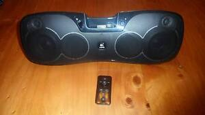 Logitech Iphone 4 Portable Speaker & Charger Bexley North Rockdale Area Preview