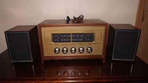 Vintage MOTOROLA FM Stereophonic TUBE RADIO Model#B10OW Serial#13787