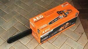 AEG 58V 4.0Ah Brushless Chainsaw Kit, Brand New