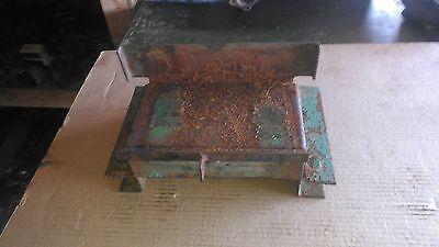 Ch15221 650 750 John Deere 650 750 Battery Tray