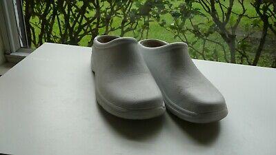 ***Quark Nurse Shoes***Fits Size 7.5 & Size 8.0***Color: White***Unisex*** for sale  Cocoa