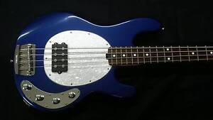 Price Drop! Musicman Stingray 4 Bass Pearl Blue With Hardcase North Tamworth Tamworth City Preview