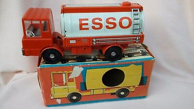 VINTAGE 1960,s VERY RARE BOXED GERMAN TINPLATE AND PLASTIC 9 INCH ESSO TANKER.