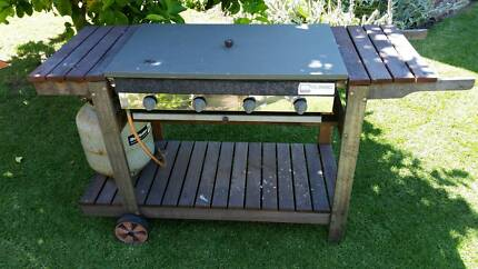 BBQ in good working condition