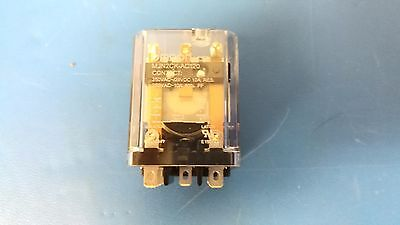 Taiwan Alpha SF12011F-0202-20R-L-011 DPDT Latching Action Foot Switch