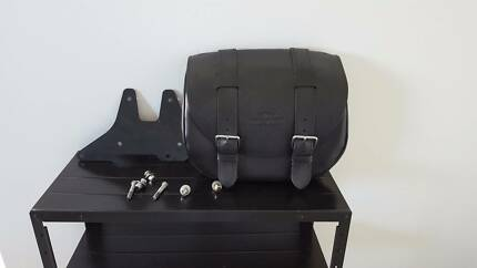 Saddlebags - Pair of Genuine Harley Davidson Saddlebags