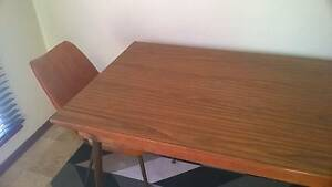 Retro laminate extendable dining table Queens Park Canning Area Preview