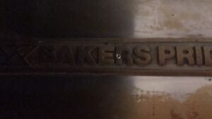 *REDUCED* BAKERS PRIDE PIZZA OVEN