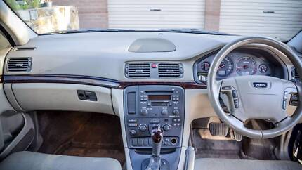 Volvo S80 Sedan for a 7 Seater