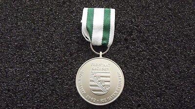 ^(A34-001) Sachsen Fluthilfe 2002 Orden Fluthelfer Hochwasser  online kaufen