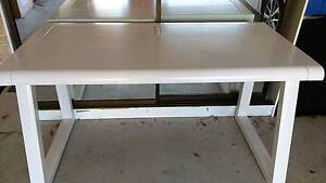 WHITE HIGH GLOSS TOP QUALITY DESK WITH POWER CORDS CONCEALER COMP Balgownie Wollongong Area Preview