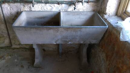 Concrete laundary tub, planter pot Chatswood West Willoughby Area Preview