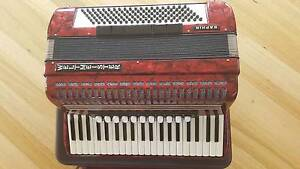 Weltmeister Saphir Piano Accordion Highton Geelong City Preview