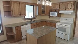 Complete kitchen.  Solid wood.  Granite counter tops.