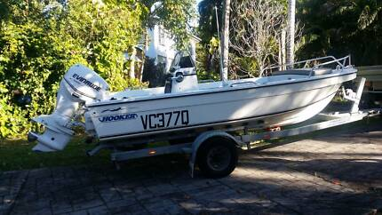 HOOKER 2005 Pro Fisherman 5.0 m Centre Console Fibreglass BOAT Mission Beach Cassowary Coast Preview