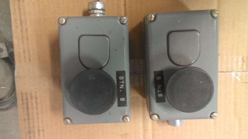 Square D Pushbutton Enlosure Control Station, Class 9001, Type Ky-2, Series A