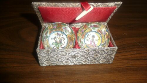 ASIAN HAND PAINTED BOXED BOWLS