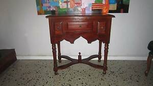 Wood hall table, excellent condition Woodlands Stirling Area Preview