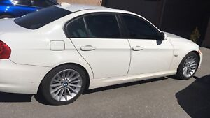 BMW 17 in rims and Continental RFT