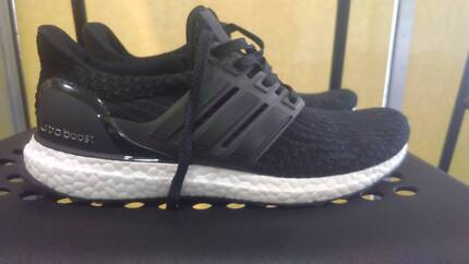 ADIDAS ULTRABOOST MEN BLACK US SIZE 7