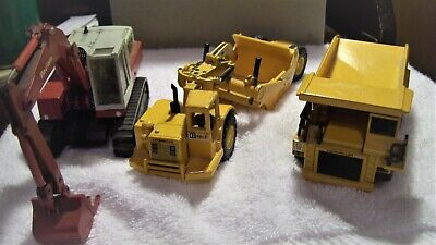 MIXED LOT OF 3 1:50 SCALE DIECAST CONSTRUCTION VEHICLES CONRAD, JOAL PRE-OWNED
