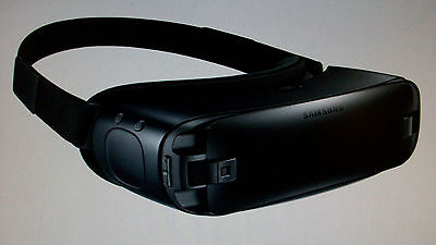 Samsung Gear VR 2016 Edition Virtual Reality Smartphone Headset Blue/Black