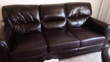 3 seater leather lounge