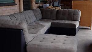 5 seater couch w/ ottoman Salisbury Downs Salisbury Area Preview