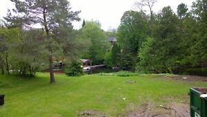 Large peaceful waterfront Cottage on Chemong Lake.