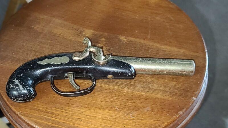 VINTAGE COLLECTABLE JAPAN CIGARETTE LIGHTER PISTOL PIRATE GUN TABLE  UNTESTED